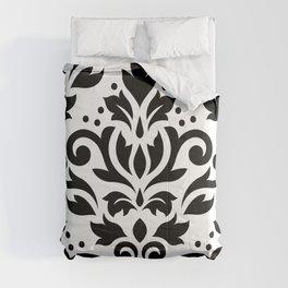Scroll Damask Large Pattern Black on White Comforters