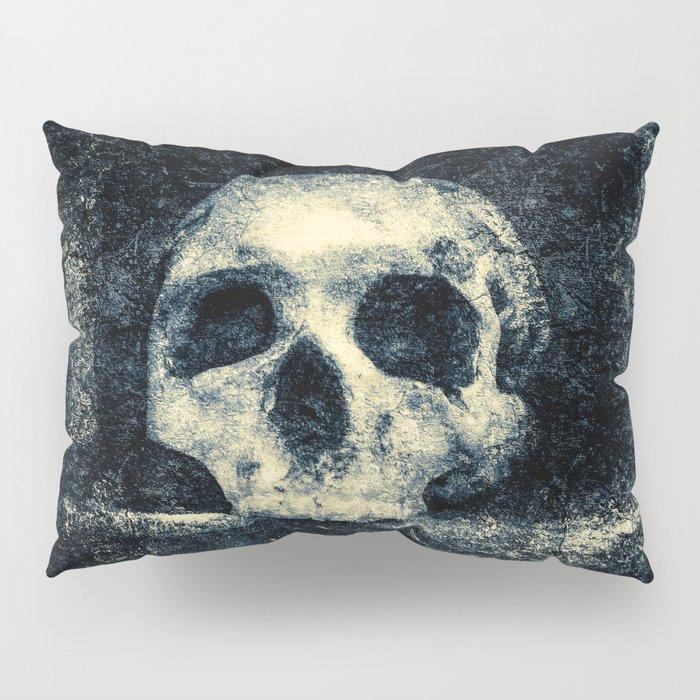 Old Skull - Memento Halloween Pillow Sham