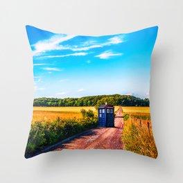 tardis doctor who Throw Pillow