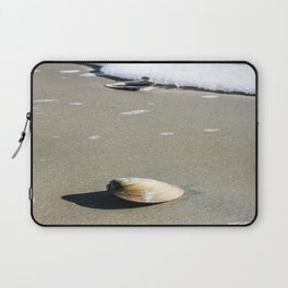 Lone Clam Laptop Sleeve