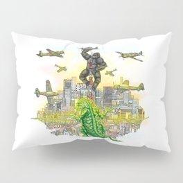 Godzilla vs King Kong  in tokyo ? Pillow Sham