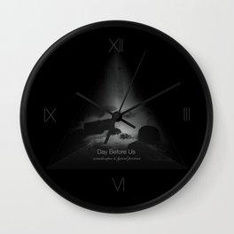 DBU ⎢Tetraone Wall Clock
