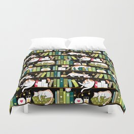 Library cats Duvet Cover