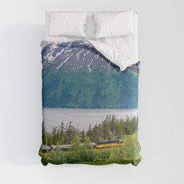 Alaska Passenger Train - Bird Point Comforters