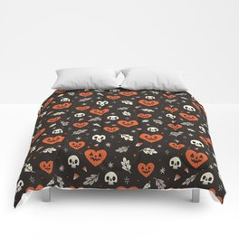 I Heart Halloween Pattern (Black) Comforters