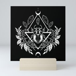 Scarab Queen // B&W 02 Mini Art Print