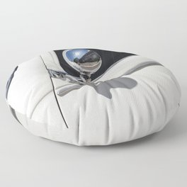 Traction 15 - 6 cyl 1949 Ivoire Floor Pillow