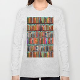 Vintage Books / Christmas bookshelf & holly wallpaper / holidays, holly, bookworm,  bibliophile Long Sleeve T-shirt