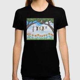 robins, poppies, & teddy bears on the line T-shirt