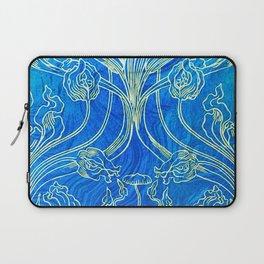 Blue,art nouveau, floral,belle epoque,vintage,chic,pattern,William Morris,Victorian,shabby chic,beau Laptop Sleeve