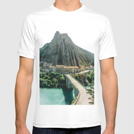Mountain landscape with houses, water and bridge | Nature & travel photograph in Sisteron, France, South Europe (vintage, pastel color) T-shirt