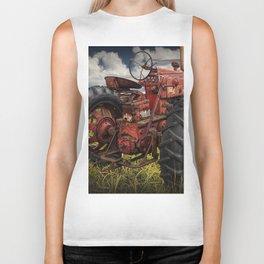 Abandoned Old Farmall Tractor in a Grassy Field on a Farm Biker Tank