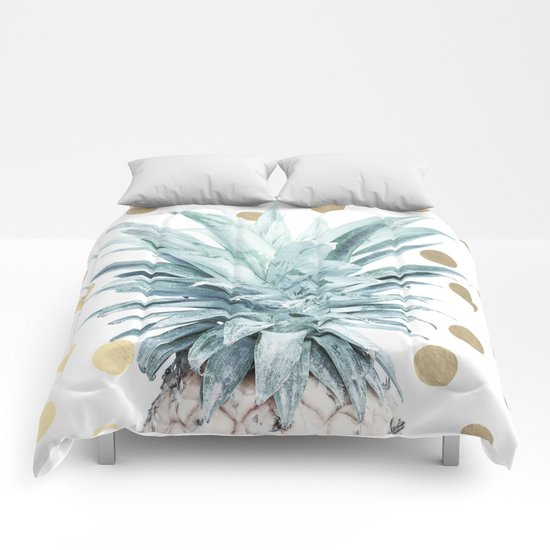 Pineapple crown - gold confetti Comforters