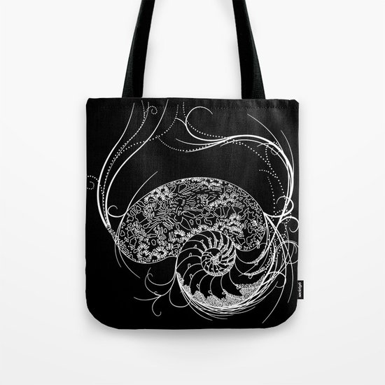 Black And White Shell Design Tote Bag