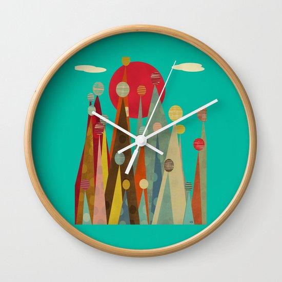 pleasure peaks Wall Clock