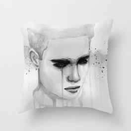 hurt lover Throw Pillow