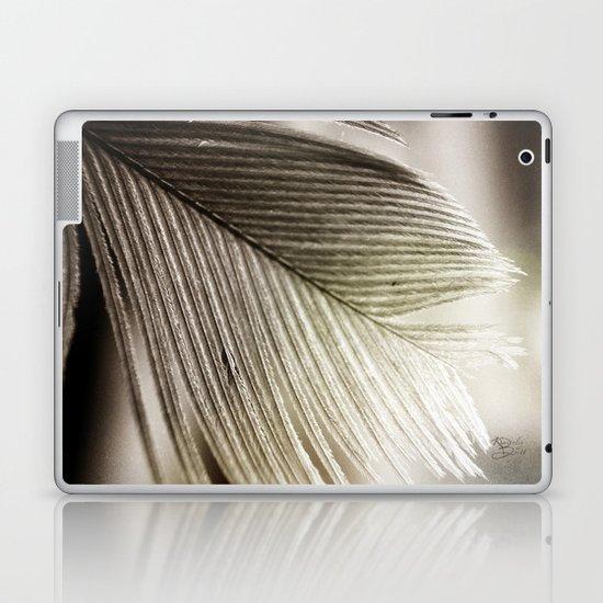 Feather Tip Laptop & iPad Skin