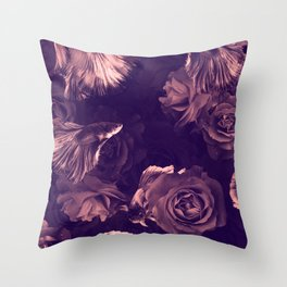 fishy flowers 1 Throw Pillow