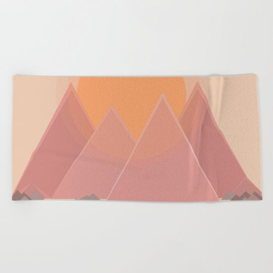 The quiet mountains Beach Towel