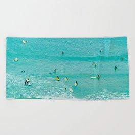 Surfing vintage. Summer dreams Beach Towel