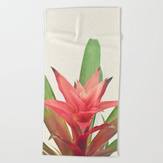 Bromelia Beach Towel