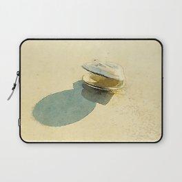 Clam Laptop Sleeve