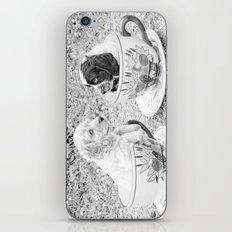 Teacup Puppies. iPhone & iPod Skin