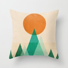 No mountains high enough Throw Pillow