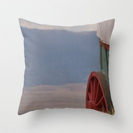 COVERED WAGON - END OF THE OREGON TRAIL Throw Pillow
