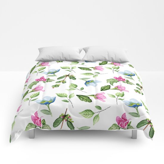 Floral pattern. Watercolor Comforters