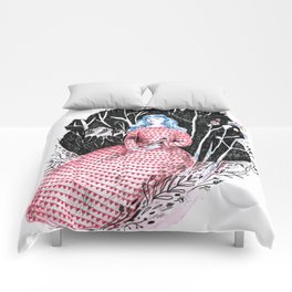 Lady at home Comforters