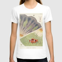 Vintage Great Barrier Reef and Clown Fish Illustration T-shirt