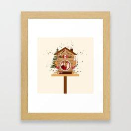 Cabane à oiseau au Canada Framed Art Print