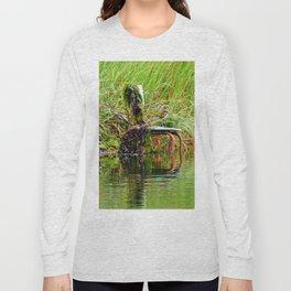 Seaweed Covered Chair Long Sleeve T-shirt