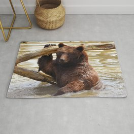 Majestic Large Grown Grizzly Bear Clinging Onto Fleetwood In Lake Ultra HD Rug