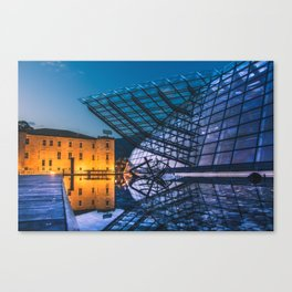 Old vs New: MUSE Canvas Print