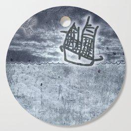 Fragata a la vista! Cutting Board