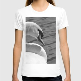 Sunning Swan by Teresa Thompson T-shirt