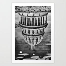 oilotipaC Art Print