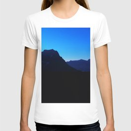 Dawn at Glacier National Park, Rocky Mountains, Going to the Sun Road, Logan Pass T-shirt