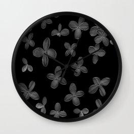 Le Fantôme De Fleurs  Wall Clock