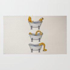 giraffe takes a bath Rug