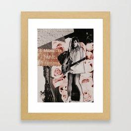 féministe féminine Framed Art Print