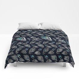 Turkish tulip - Ottoman tile pattern 5 Comforters
