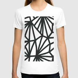 Modern Black and White geometric pattern #abstractart #decor T-shirt