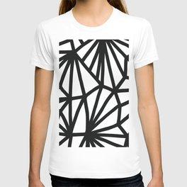 Modern Black and White geometric pattern #abstractart #decor T-shirt