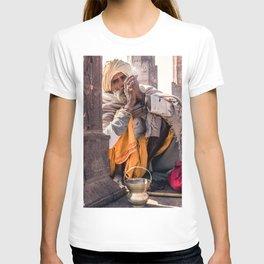 Sadhu in India! T-shirt