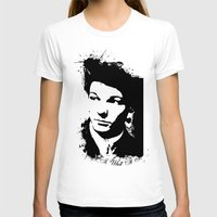 louis tomlinson T-shirts featuring Louis Tomlinson by Aki-anyway
