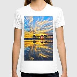Sunset ~ Huntington Beach Pier CA  11/7/13 T-shirt