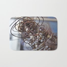 Abstract Wire Bath Mat